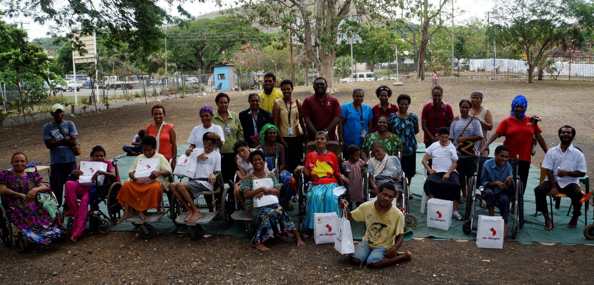 Air Niugini Staff visit Cheshire Home