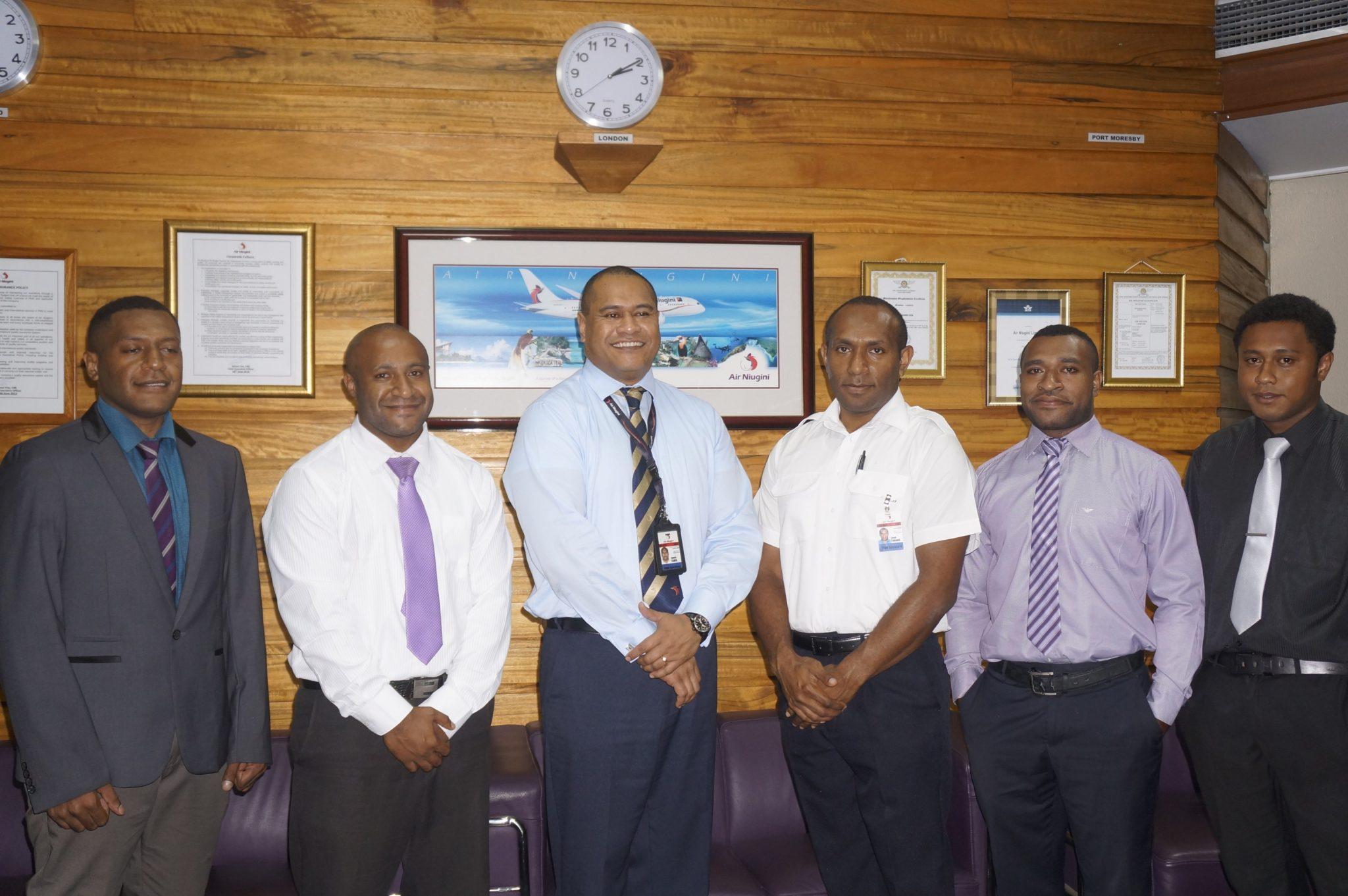 Air Niugini Pilot Cadets sign contracts