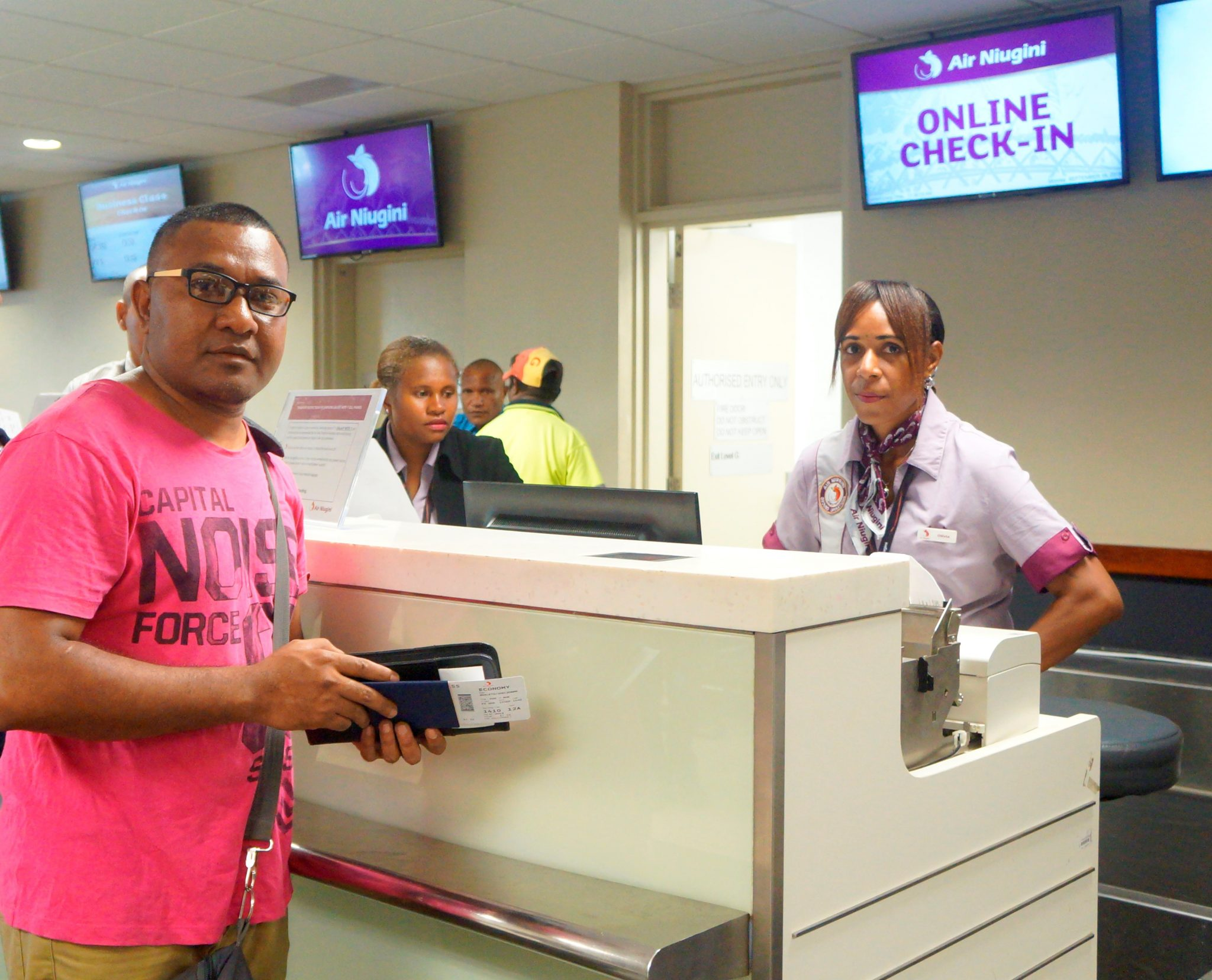 Air Niugini encourages passengers to make use of Online Check-in system