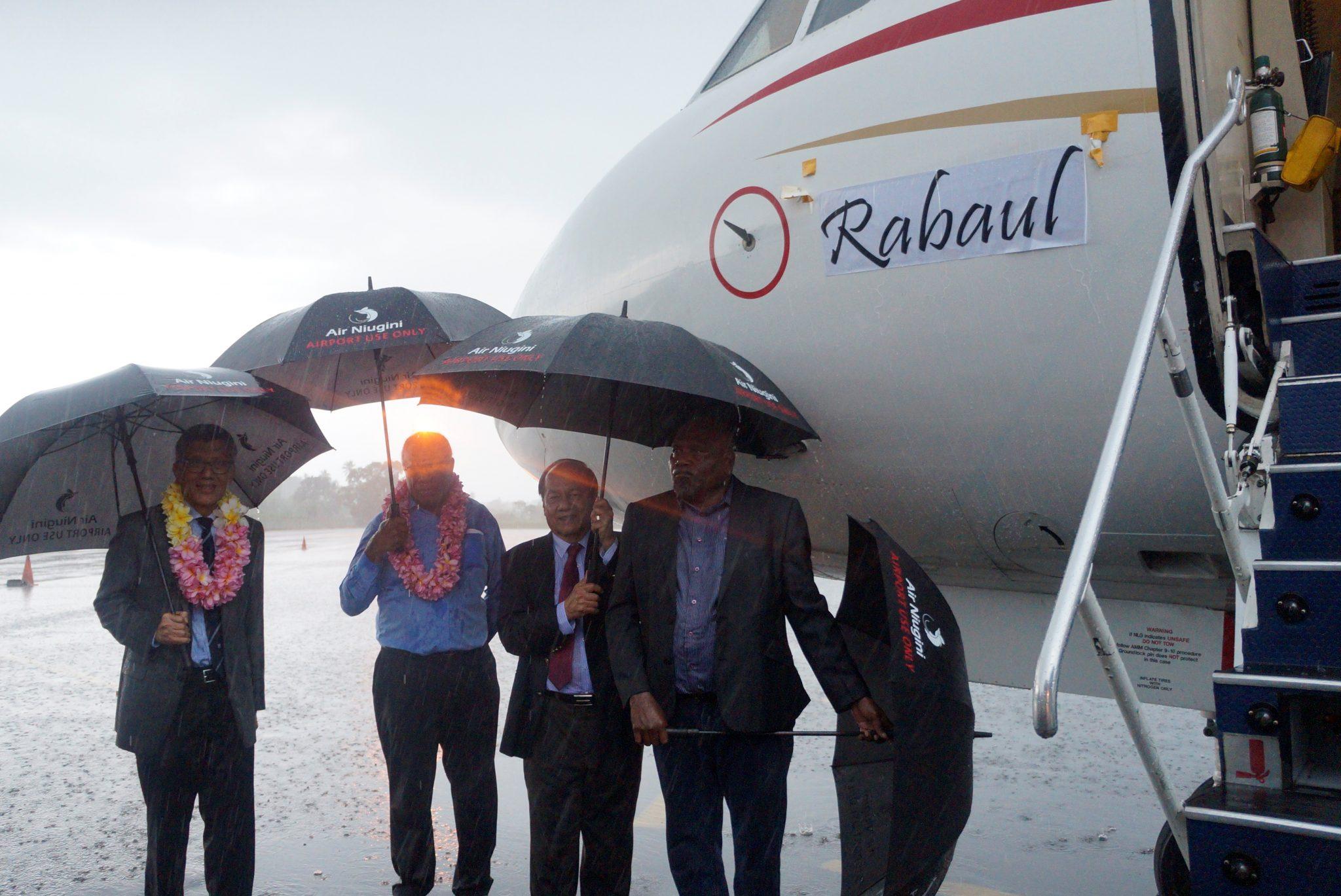 """Air Niugini names its Fokker 100 """"Rabaul"""""""