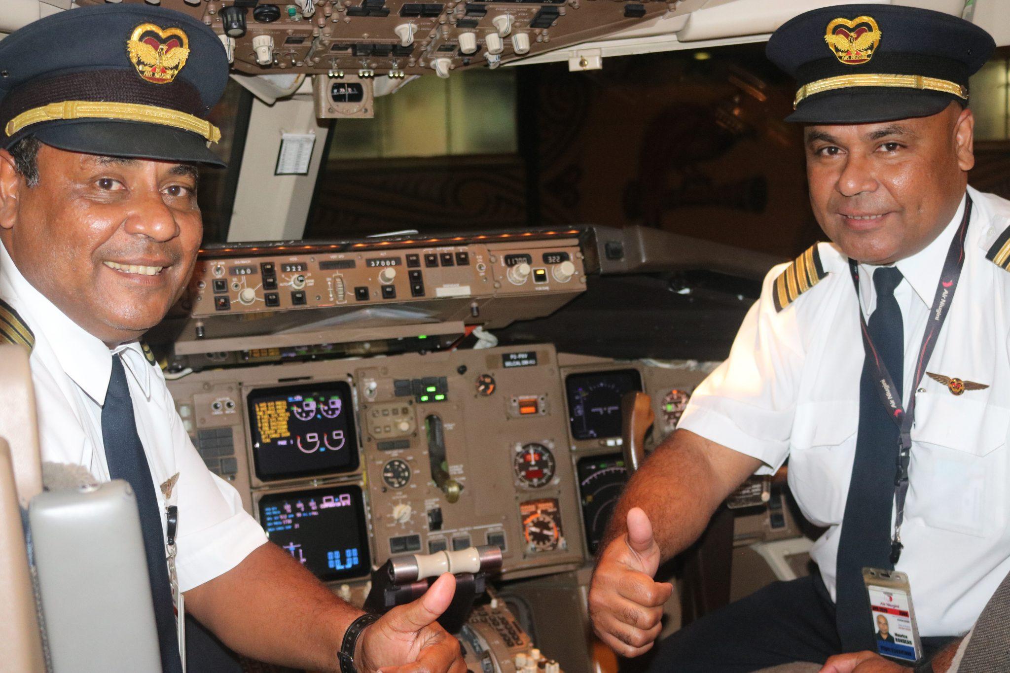 Air Niugini sibling Pilots flying together