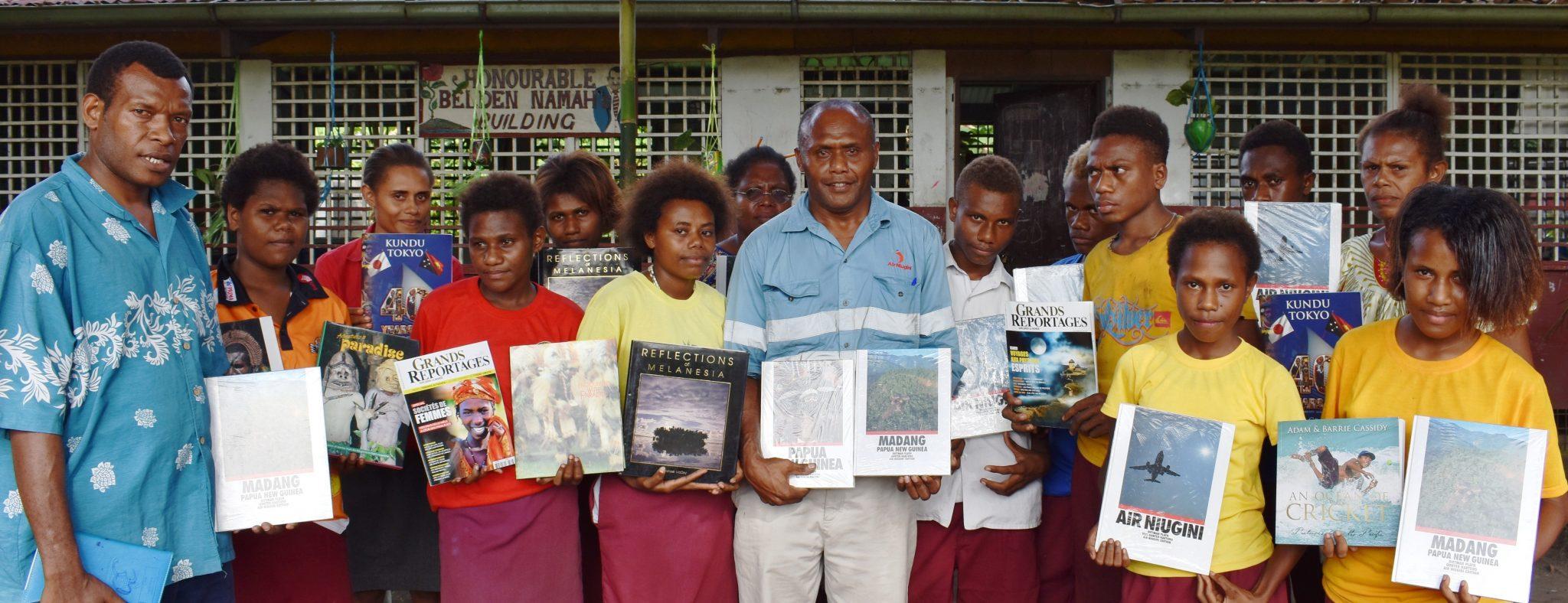 Air Niugini Donates Books to a School in Rabaul