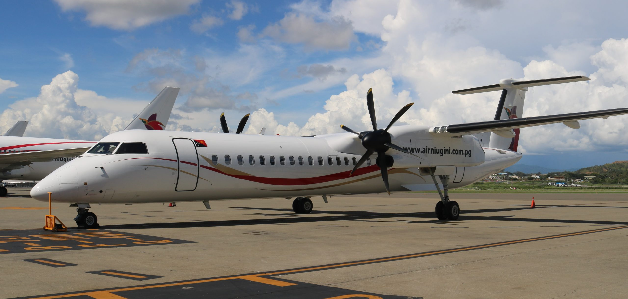 Second Link PNG Q402 Aircraft Arrives In Port Moresby