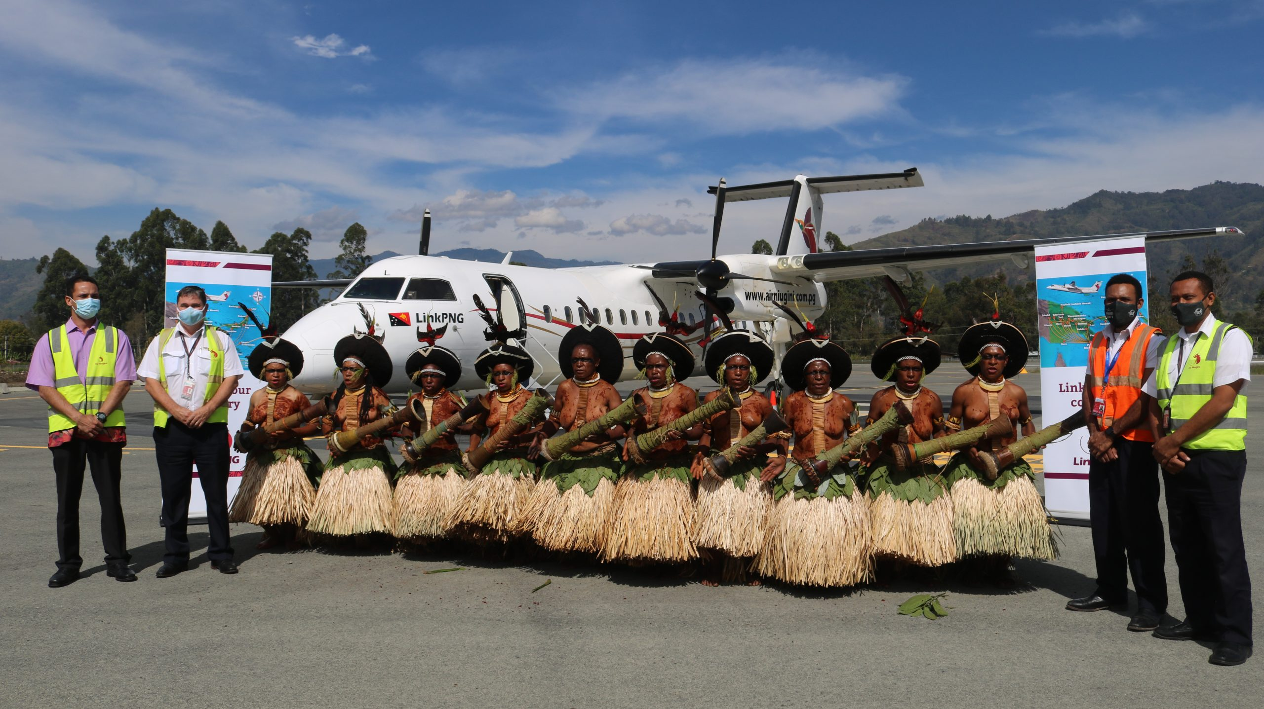 LINK PNG RESUMES SERVICES TO WAPENAMANDA AIRPORT, ENGA.
