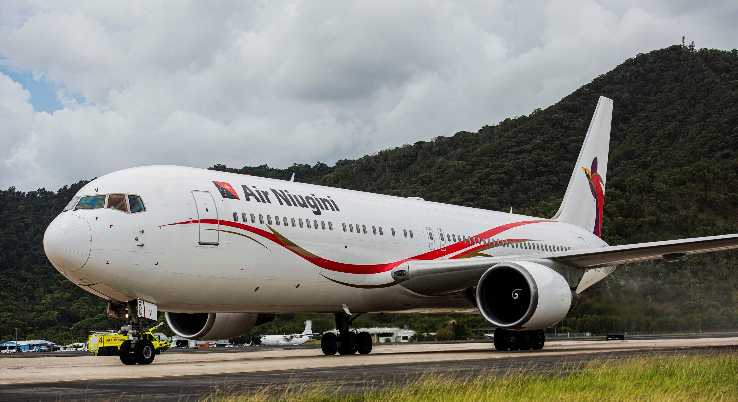 AIR NIUGINI RESUME FLIGHTS FROM CAIRNS TO PORT MORESBY